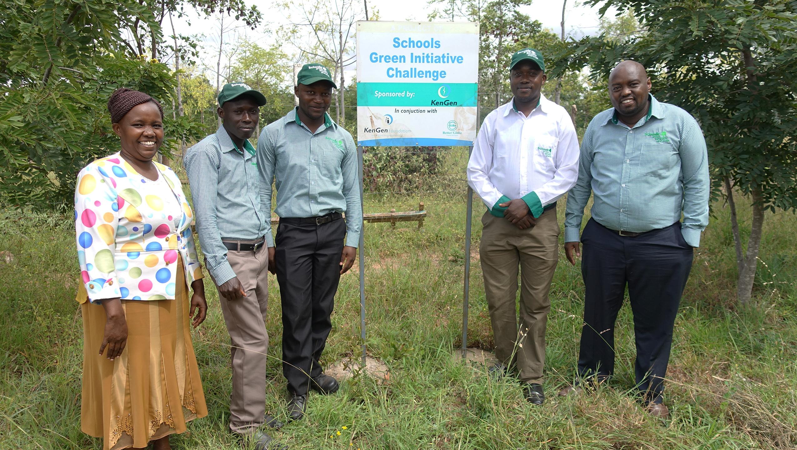 Escolas engajadas no plantio de árvores
